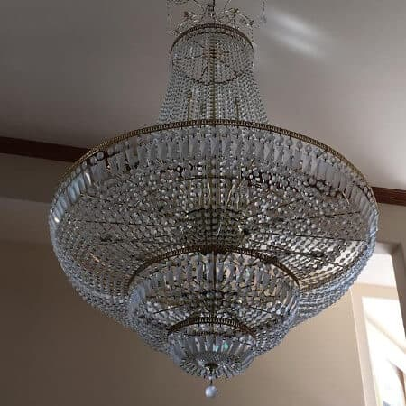 Chandelier Cleaning - Squeegee Pro