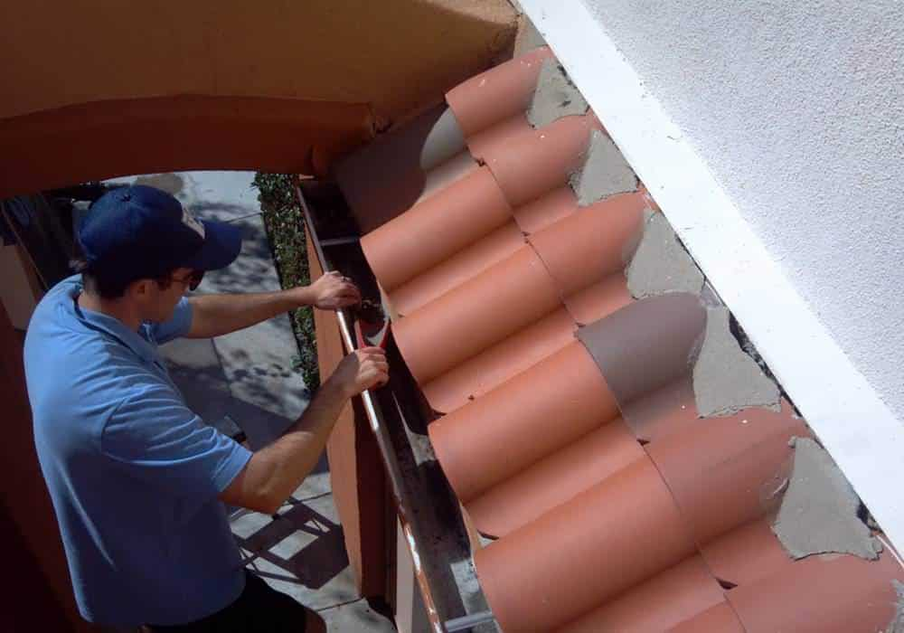 Orange County Squeegee Pro Gutter Cleaning