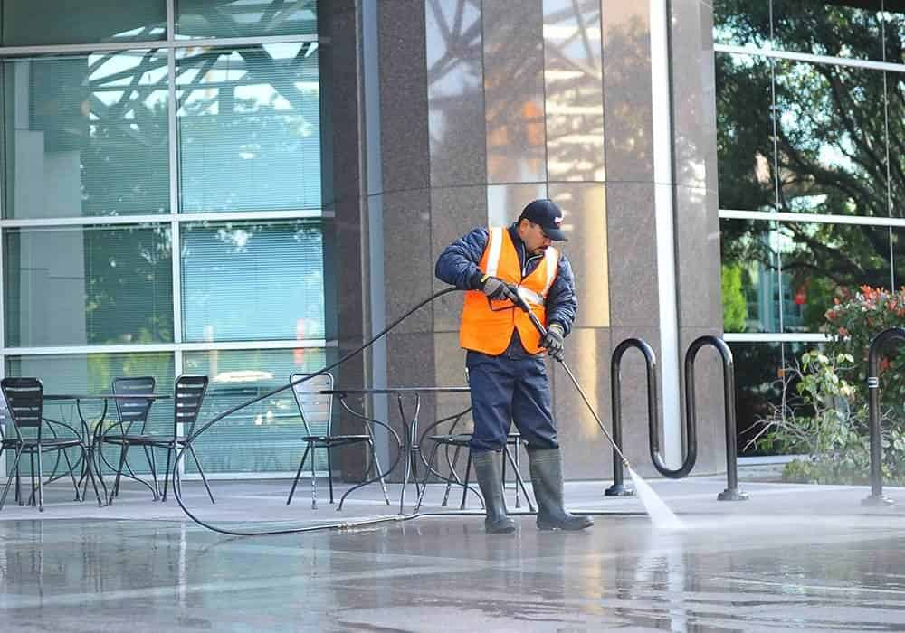 squeegee pro pressure washing orange county