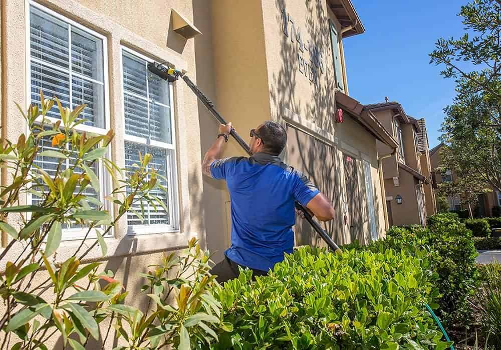 squeegee pro window cleaning orange county exterior window cleaning